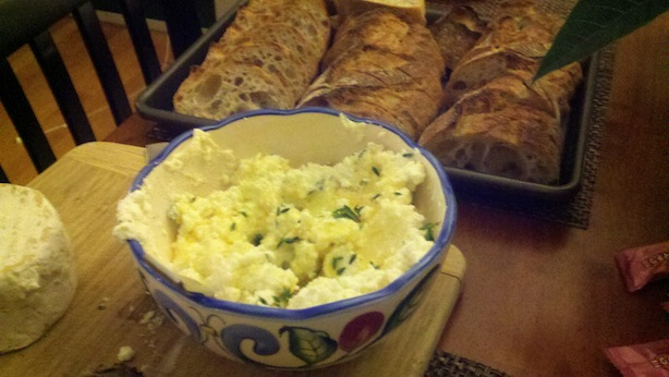 Ricotta cheese spread with rustic bread