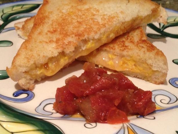 Habanero cheddar grilled cheese, tomato chutney
