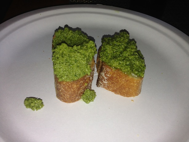 Broccoli pesto crostini